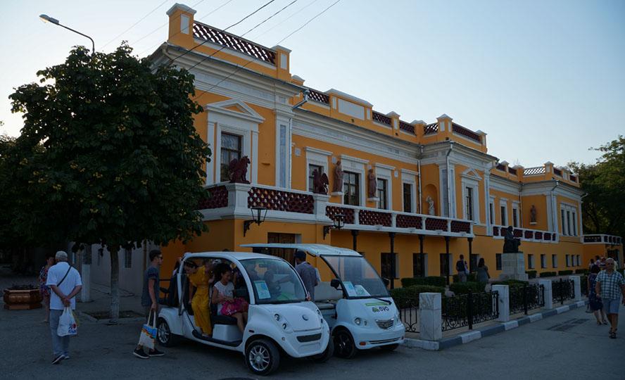 музей Айвазовского, Национальная картинная галерея имени И. К. Айвазовского